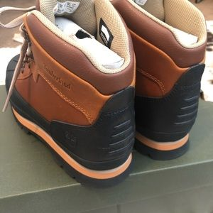 Timberland Shoes - Timberland Junior shell-toe Euro Hiker Boots